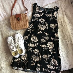 FLORAL BLACK AND BEIEGE FLOWER TANK TOP DRESS